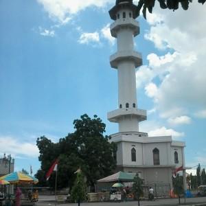 Menara Mesjid Besar Peusangan. Foto Khairil Miswar (2014)